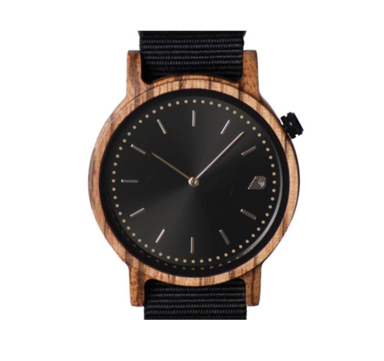 Stylish Wooden Frame Watch